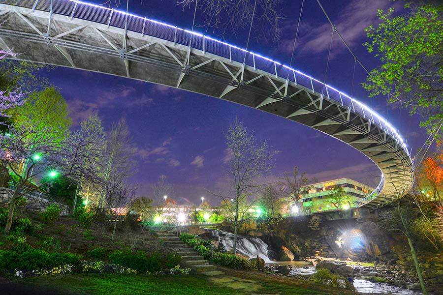 Blog - Nighttime View Of Liberty Bridge